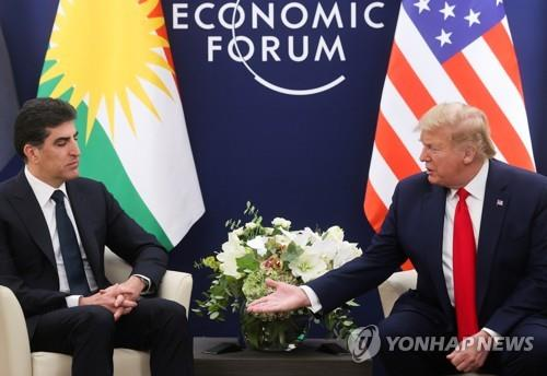 트럼프, 이라크 쿠르드 수반에 뜬금없는 시리아 석유 강조