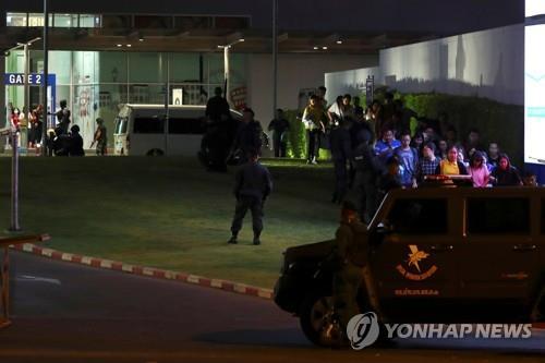 태국 쇼핑몰서 군인 총기난사 최소 21명 사망…한국인 8명 대피(종합)