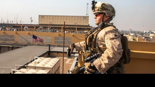 미국인 죽은 이라크 미군기지에 또 박격포 떨어져