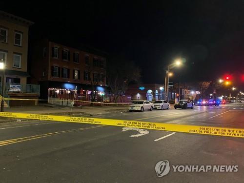 미 코네티컷 나이트클럽서 총격 사건…1명 숨지고 4명 다쳐