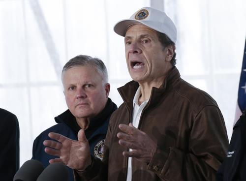 미 뉴욕주, 확진자 5천명 넘어…사흘새 5배 눈덩이 확산
