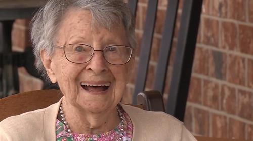 103번째 생일 미 할머니 평생 지금 같은 난리는 없었다