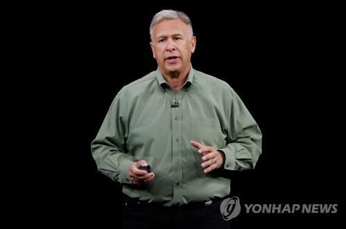 애플 전세계 마케팅 책임자 실러 2선 후퇴…세대교체 가속