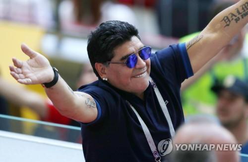 아르헨티나 축구영웅 마라도나 심장마비로 별세…향년 60세(종합)