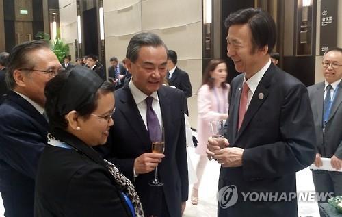韩外长与中俄外长通话商讨朝鲜核试对策