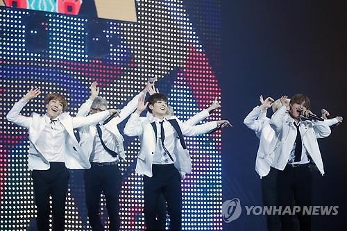 韩歌坛10月将掀回归潮 新老唱将偶像团体纷纷出新歌