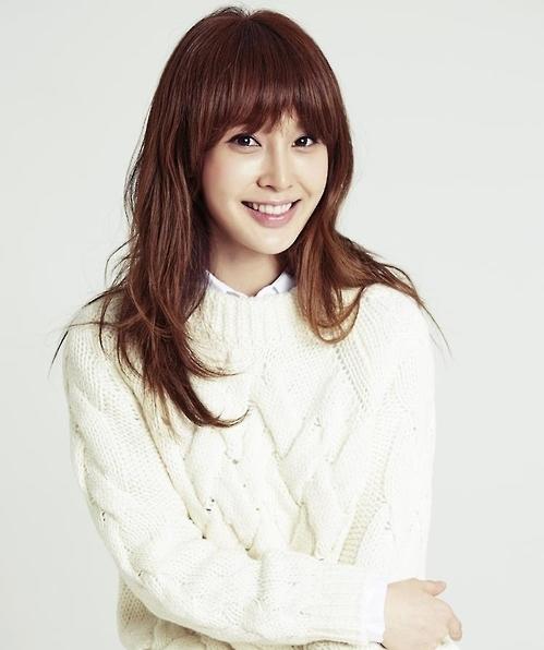 韩演员赵安月底与圈外男友结婚