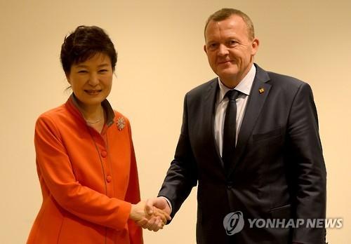 朴槿惠将会晤丹麦首相拉斯穆森共商合作大计