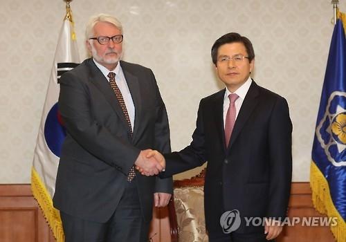 韩总理会见波兰外长 商讨加强合作方案