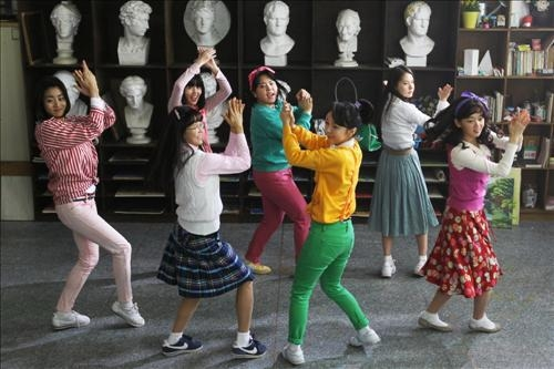 韩国电影《阳光姐妹淘》将被美翻拍