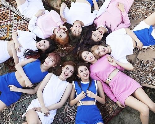 TWICE新辑销量破16万张创韩女团今年最高纪录