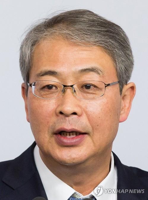 韩候任经济副总理任钟龙(韩联社)