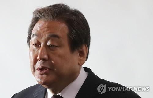 韩执政党前党首要求朴槿惠退党成立中立内阁