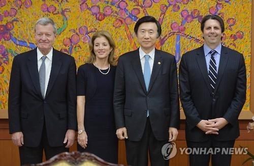 韩外长会见美国驻韩中日大使讨论朝核问题