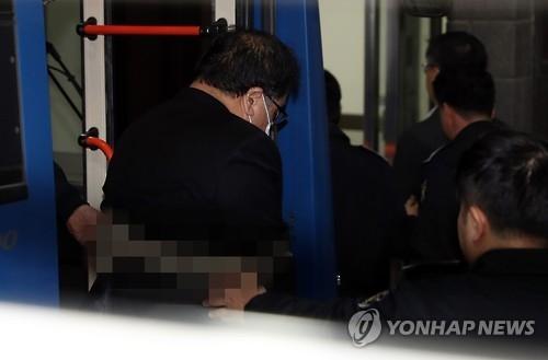 详讯:韩检方传讯财界人士是否曾遭朴槿惠逼捐
