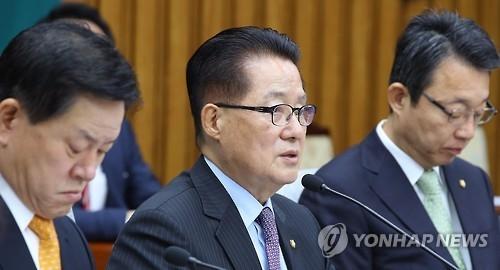 国民之党领袖朴智元(中) (韩联社)