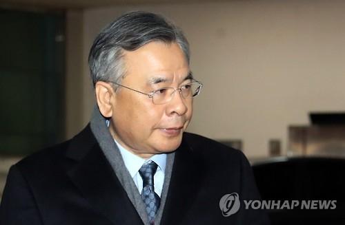 资料图片:亲信门独立检察官朴英洙(韩联社)