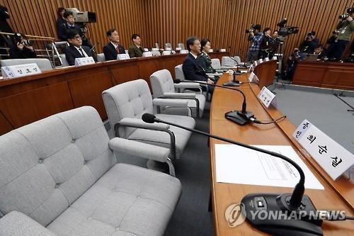 韩将在看守所开亲信门听证会质问三要犯