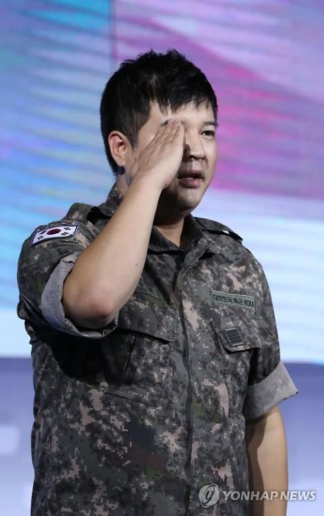 SJ神童今退伍回圈内 先录节目后回家