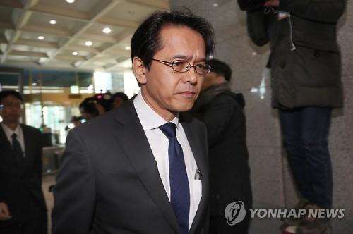 详讯:韩政府就日本防卫大臣参拜靖国神社表抗议