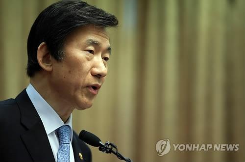 韩外长:就中国反制萨德入韩政府要坚决民间要观大局