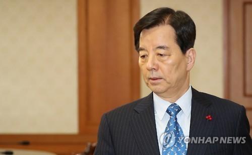 韩防长:将争取尽早举行韩美防长会谈
