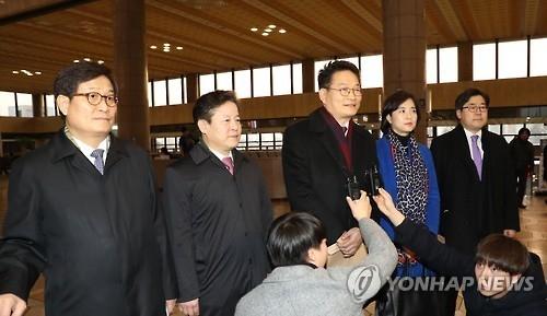 韩在野党议员团访华 呼吁放宽萨德限制