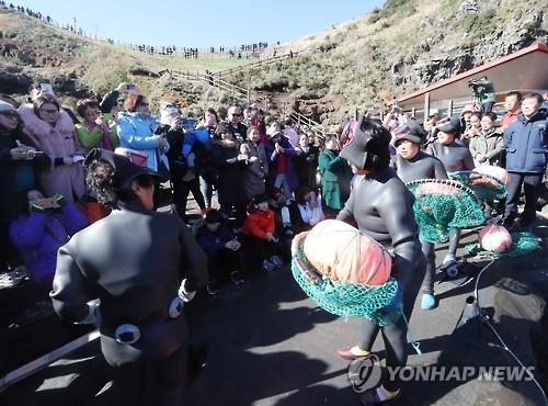 访问济州中国游客人均消费达韩国人两倍以上