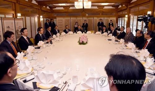 韩代总统:将通过对朝制裁和施压迫使朝鲜改变