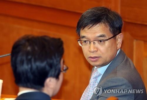 韩总统府称朴槿惠匿名手机不违法