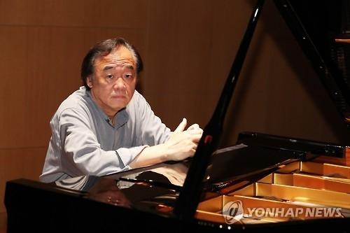韩国钢琴家白建宇(韩联社)