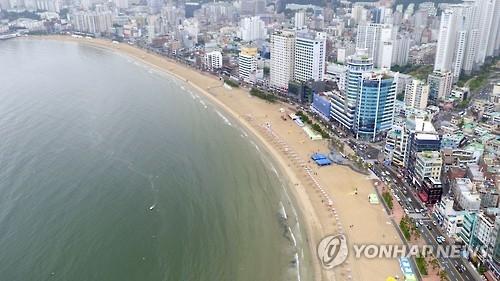 资料图片:广安里海水浴场全境图(韩联社)