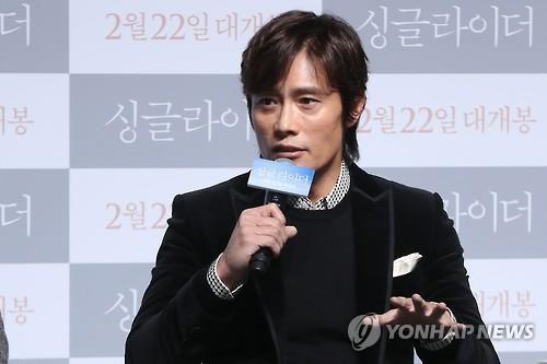 李炳宪被美媒选为当之无愧的好莱坞亚裔演员