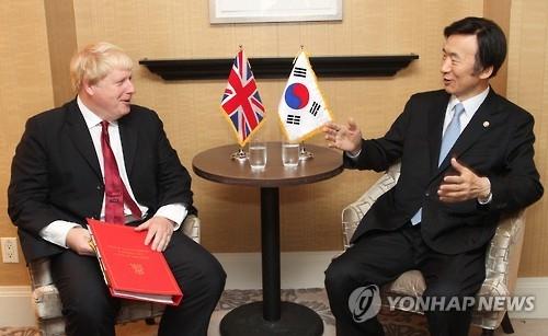 韩英外长会晤共商朝核应对等事宜