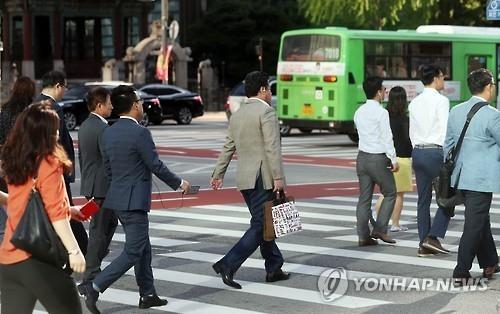 韩拟鼓励实施周五早下班制度刺激消费