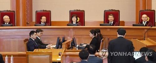 详讯:韩总统弹劾案最后一次庭审结束 双方针锋相对