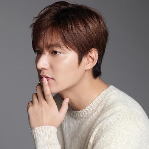 李敏镐获选2016全球韩流粉丝最爱的男演员