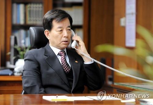 韩日防长通话谴责朝鲜射弹 商定加强对朝施压