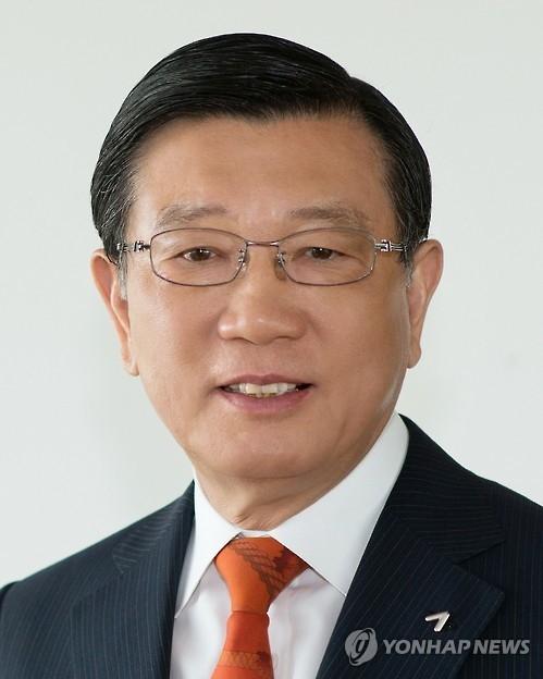 锦湖韩亚会长朴三求再次连任韩中友好协会会长