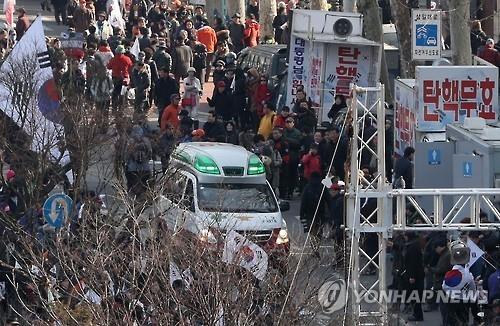 韩又有一反对弹劾集会者身亡 身亡者增至三人