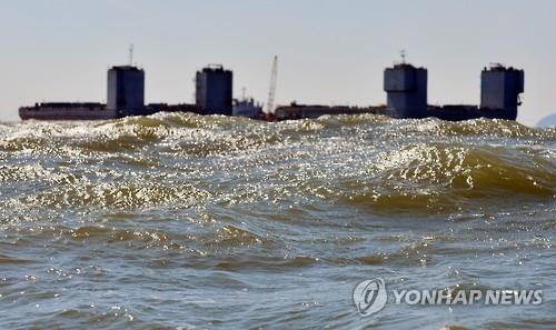 """韩海水部:因天气原因取消""""世越""""号打捞试验"""