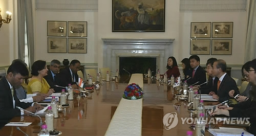 韩印商定建立外交国防副部长2+2会谈机制