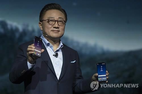 三星移动主管高东真谈S8:将惊艳全球