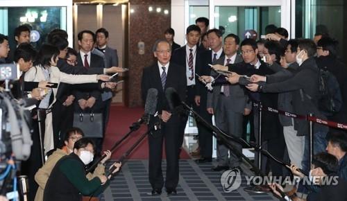 日大使求见韩代总统及统一国防两长官