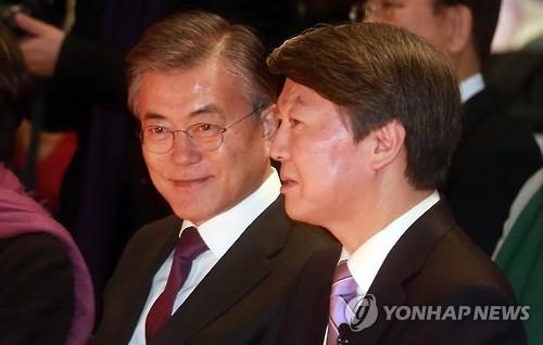 """韩大选""""文安""""两强相争格局凸显"""