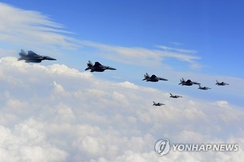 韩美联合实施空中作战演习遏制朝鲜挑衅