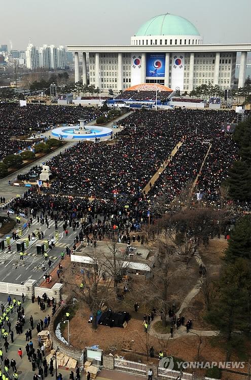 韩新当选总统需火线履新 先施政暂缓就职礼