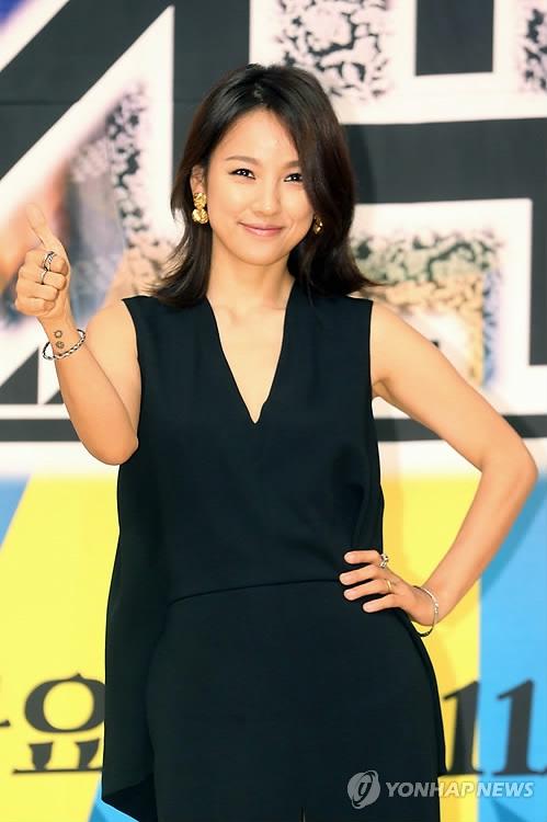 资料图片:歌手李孝利(韩联社)
