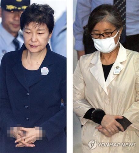 朴槿惠(左)和崔顺实(韩联社)