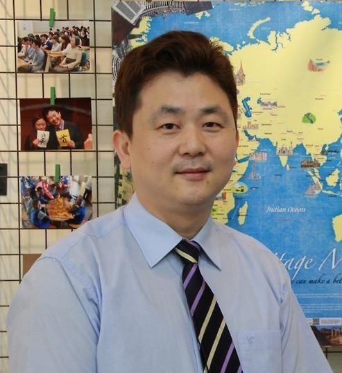 """韩国民间外交团体""""韩国之友""""团长朴起台"""